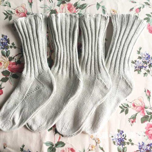 はじめて編んだ手編みの靴下