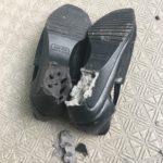 【経年劣化】靴が突然崩壊!古いモノは危険だからすぐに断捨離して